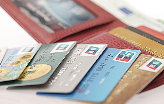 10 кредитных карточек для начинающих в Индии